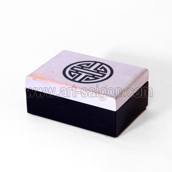 Boite Bijoux en Bois Laqué, symbole Chinois Longévité, fabrication artisanale et peinte à la main au Vietnam. Article vendu par la Boutique Art-saigon.com