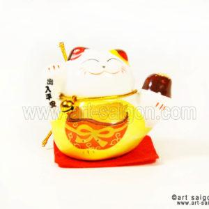 maneki neko chat porte bonheur japonais japon porcelaine blanc decoration asiatique art-saigon jaune doré