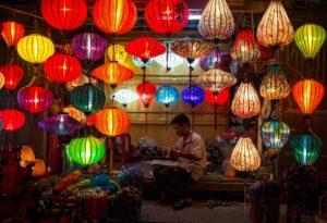 Lampion-Hoi-An-Art-Saigon-Vietnam-3-300x205 Comment sont fabriqués les lampions de Hoi An