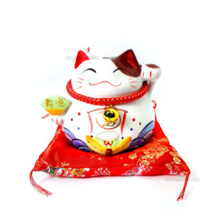 maneki-neko-chat-japonais-art-saigon-1-W